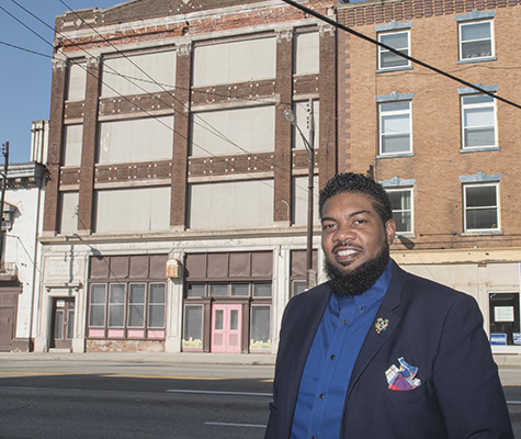 On The Ground: Old businesses and new tell economic story of Walnut Hills