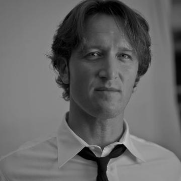 Sean L. Rhiney